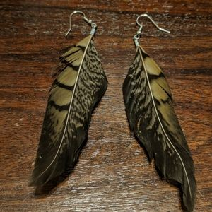 Cute/Unique feather earrings
